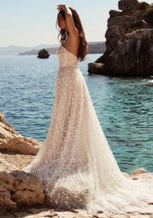 3-D floral strapless wedding dress