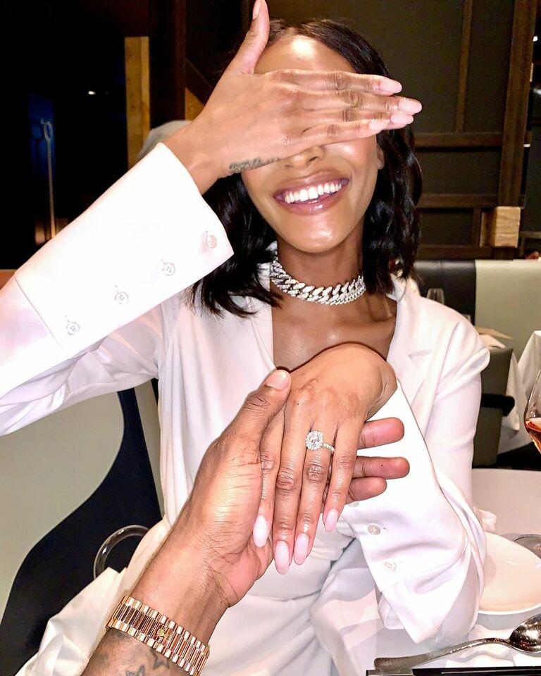 jourdan dunn covers her eyes engagement ring