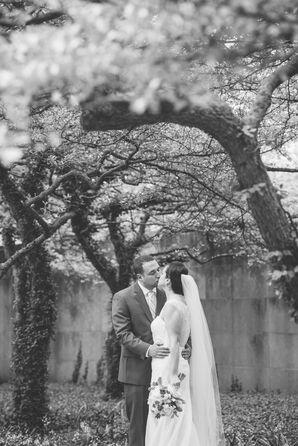 Modern Spring Chicago Wedding