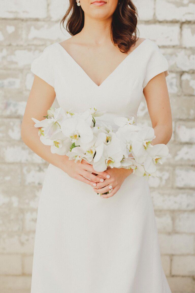 V-neck neckline wedding dress