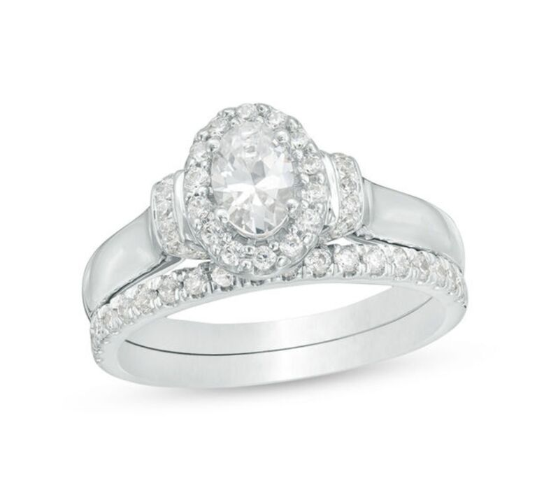 oval engagement ring set