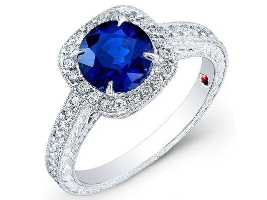 Alyssa Campanella's custom made royal blue sapphire and diamond engagement ring