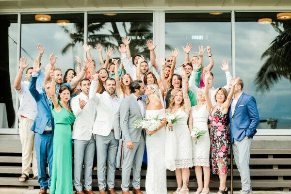 Colorful Tropical Wedding Guests