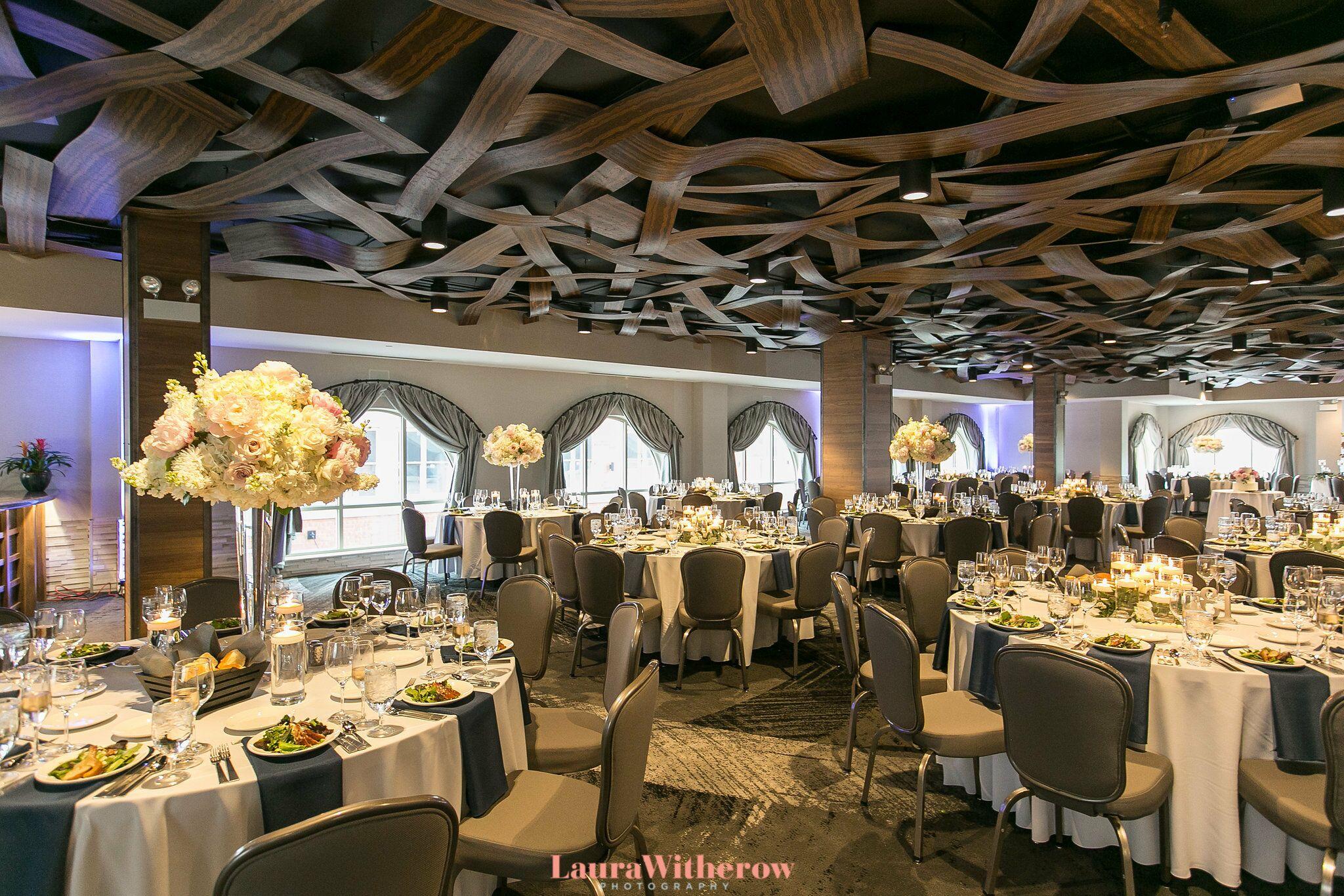 Hotel Indigo Naperville >> Elements At Water Street Hotel Indigo Reception Venues