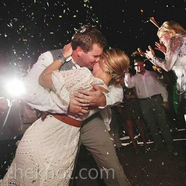 As Brooke and Ty left the reception, guests shattered them with confetti.