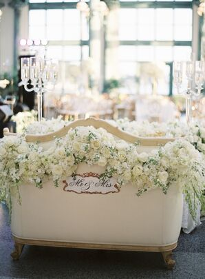 Elegant Sweetheart Seat Draped with Roses