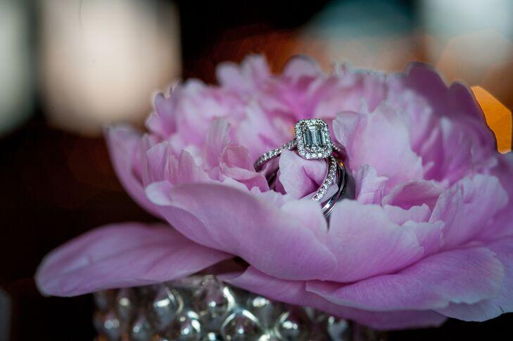 Emerald Cut Diamond Wedding Ring