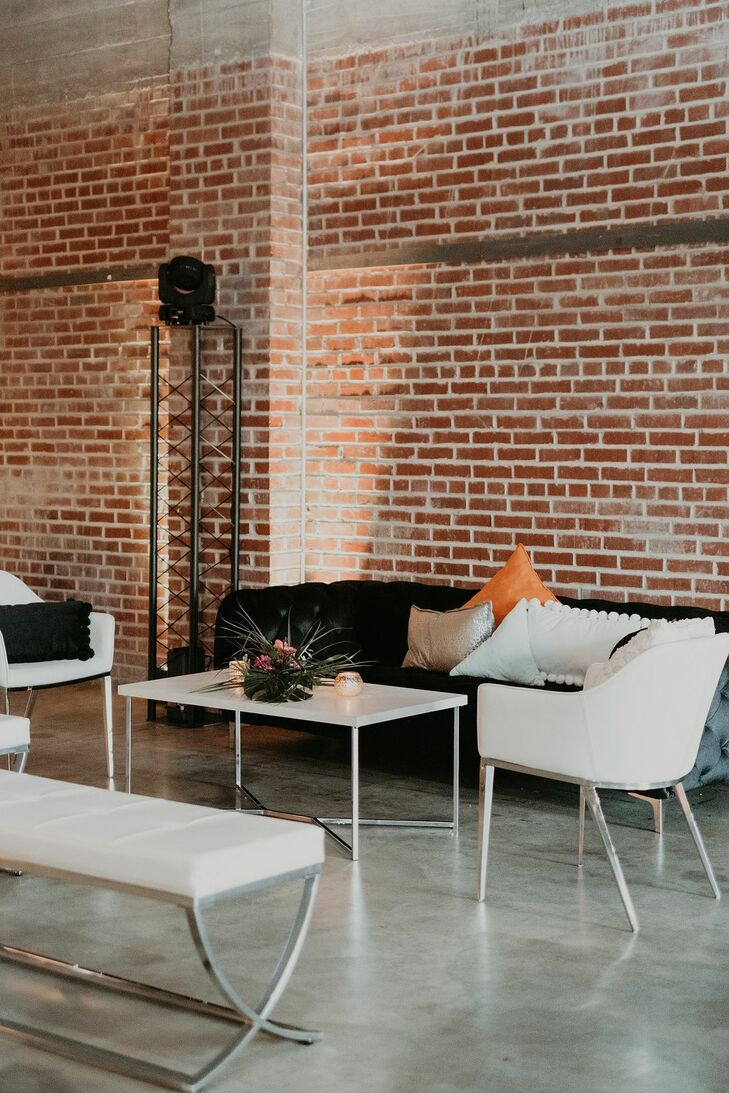 Reception Lounge at The Hudson in Wichita, Kansas