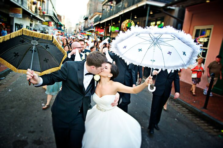 New Orleans Kissing Second Line Couple Shot