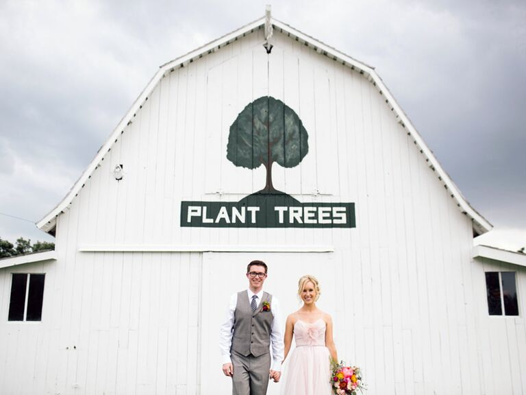 Plant Inspired Nebraska Wedding