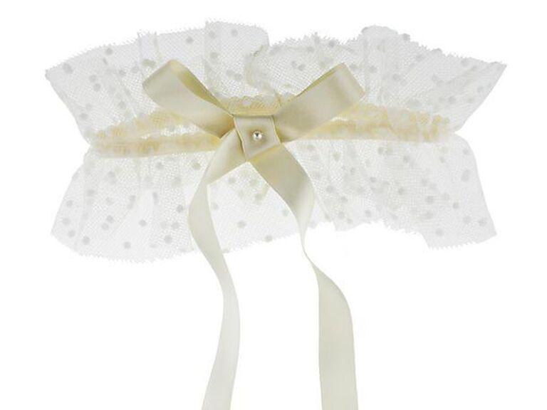 09a90e05044 30 Pretty Wedding Garters and Bridal Garter Sets
