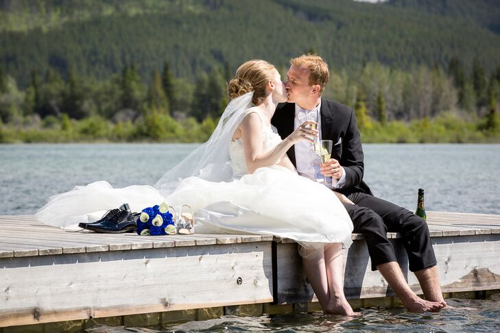 Joni and Matthew chose to get married in the mountains because they knew it would be a perfect backdrop for their photos.