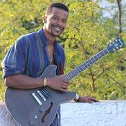 New York City, NY Singer Guitarist | Nasim Siddeeq