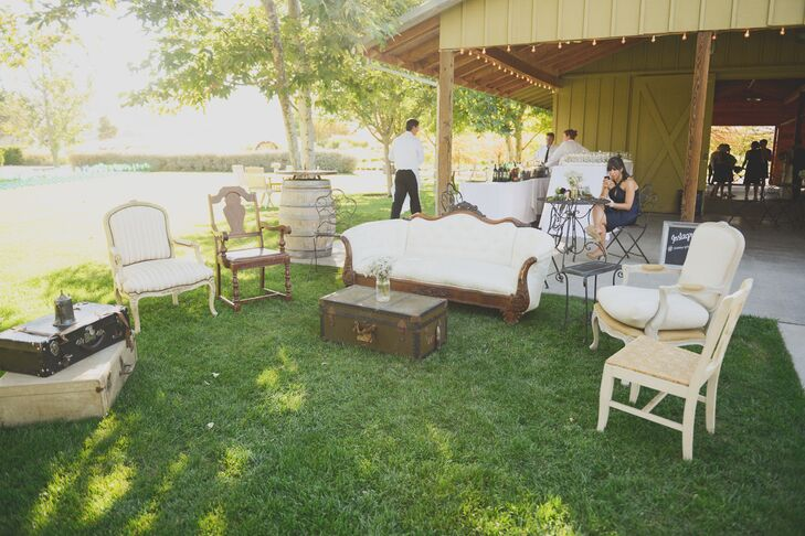 The couple rented vintage furniture to tie in their love of all things old at the reception.