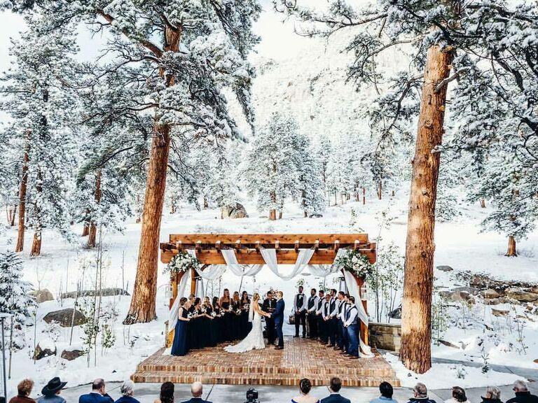 Winter wedding venue in Estes Park, Colorado.