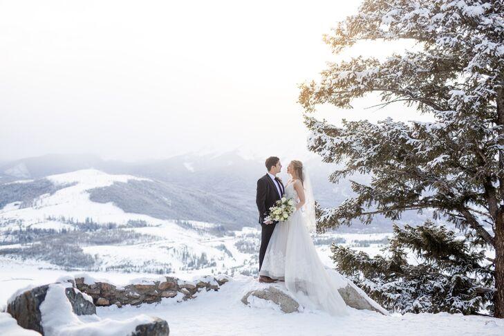 Winter Mountain Wedding at Ice Castles in Dillon, Colorado