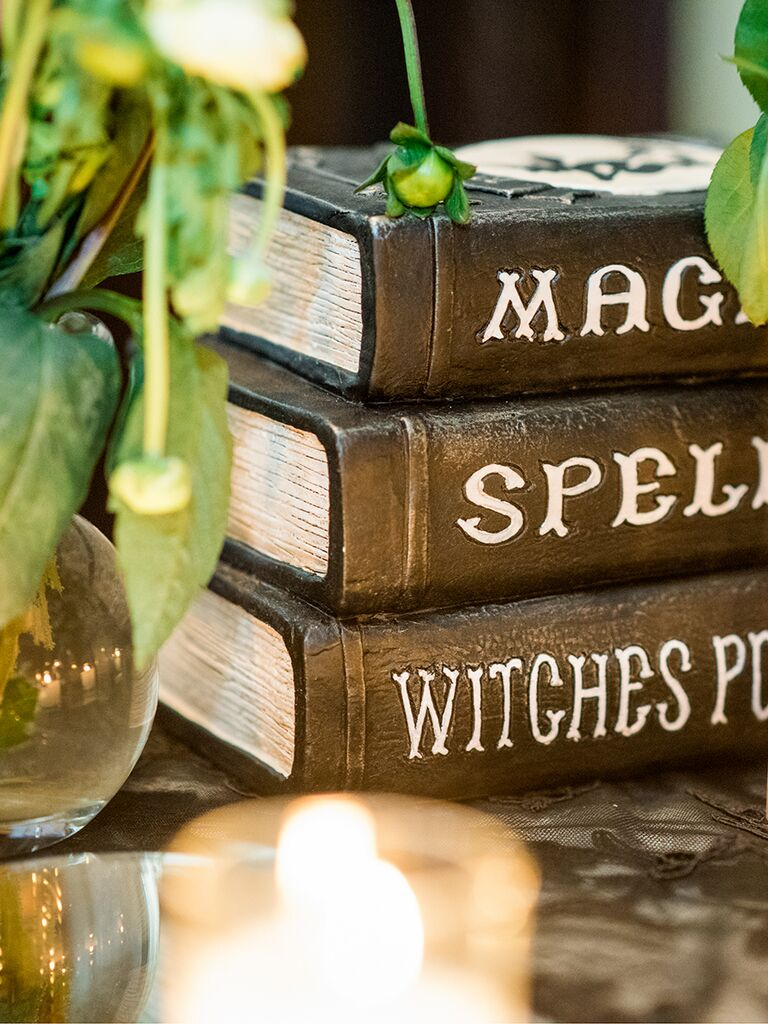 Halloween wedding ideas reception decor