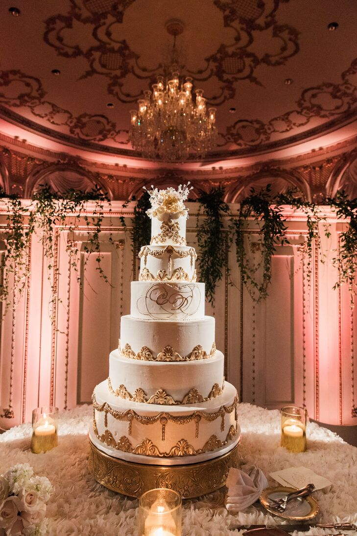 Glamorous Six-Tier Round Wedding Cake