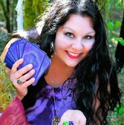 Seattle, WA Psychic | Party Psychic Readings with Raea