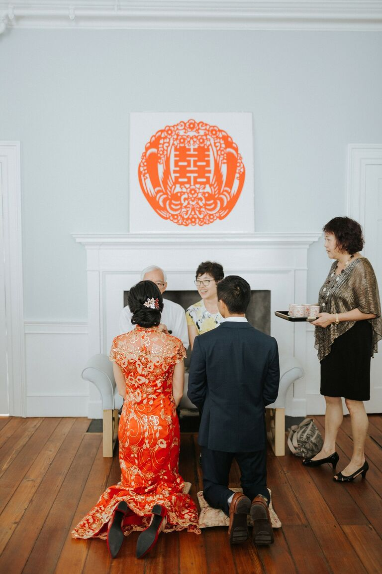 Chinese tea ceremony with double happiness sign