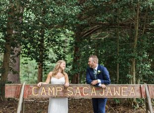 Carolyn Bauer (29 and works in marketing) and Bryan Goletz (30 and also works in marketing) wanted their wedding to be one big party with all their cl