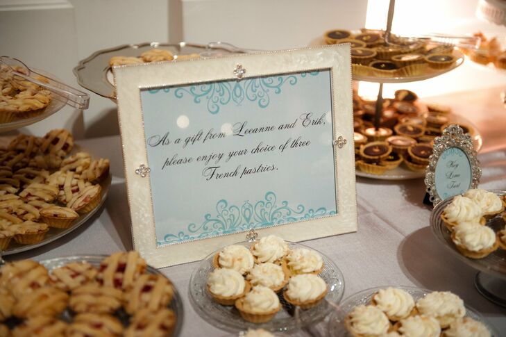 In honor of the couple's honeymoon in Paris, guests took home mini French pastry favors.