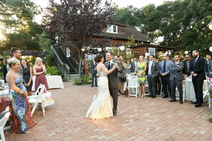 First Dance at Outdoor Museum Venue