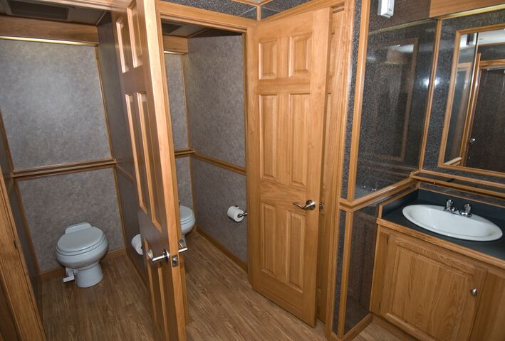 bathroom trailers. Gallery Bathroom Trailers