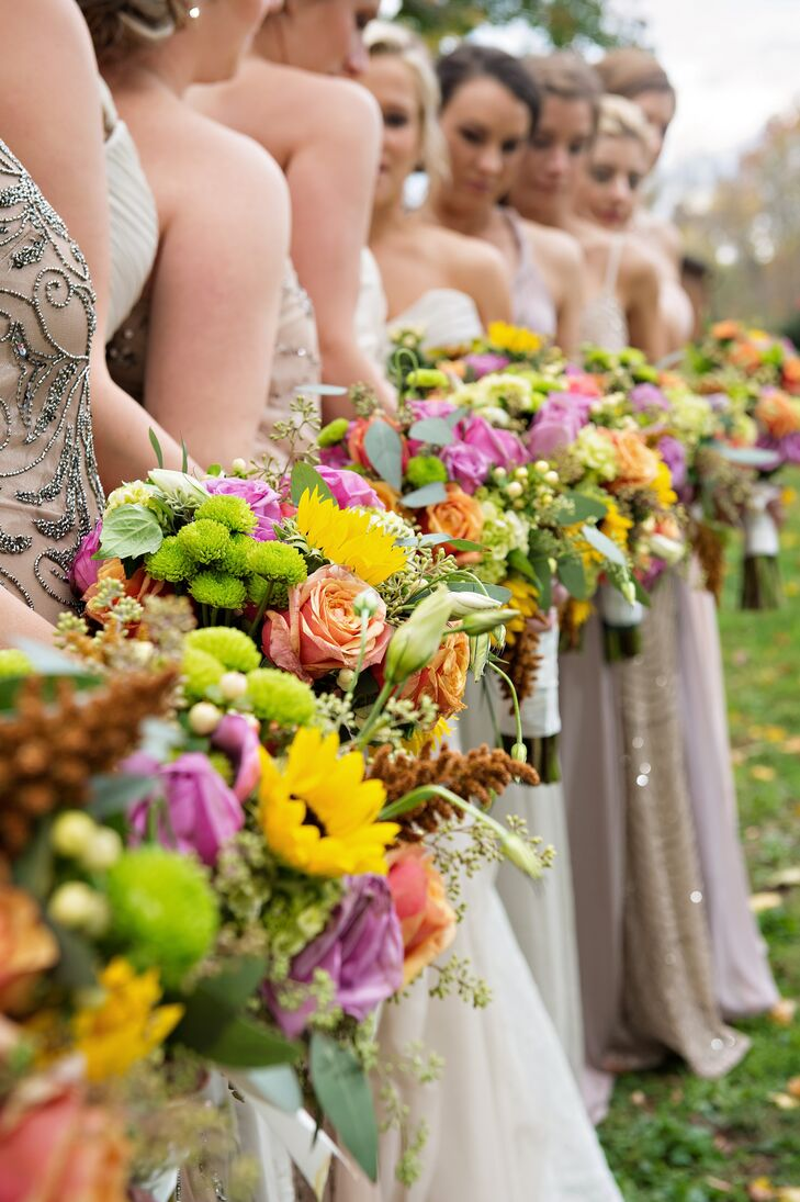 Vibrant Fall Bouquets With Roses and Chrysanthemums