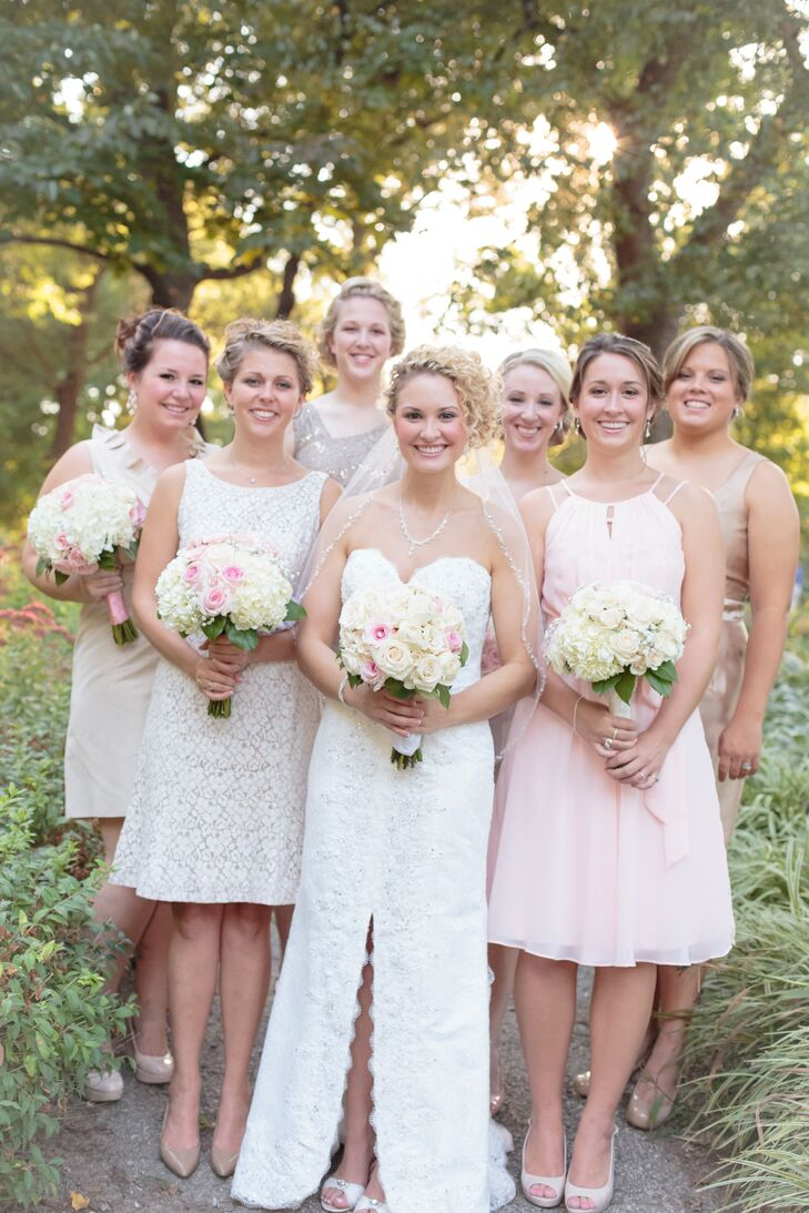 Lindsey let her bridesmaids choose their own champagne-colored cocktail dresses with varying necklines.