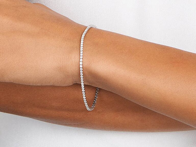 Elegant 30th anniversary diamond bracelet