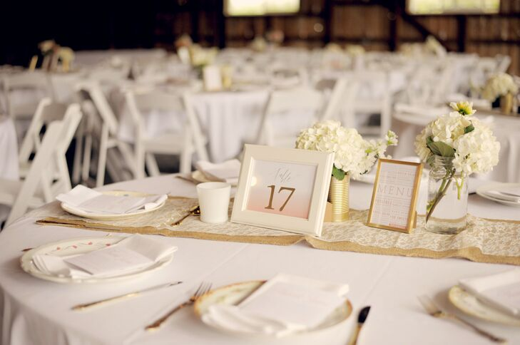 White And Gold Table Decorations