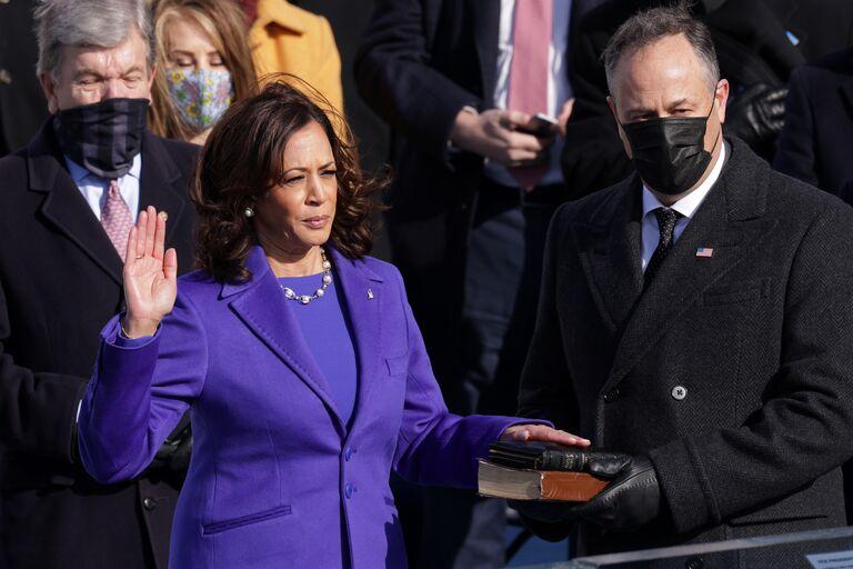 vp kamala harris husband douglas emhoff inauguration