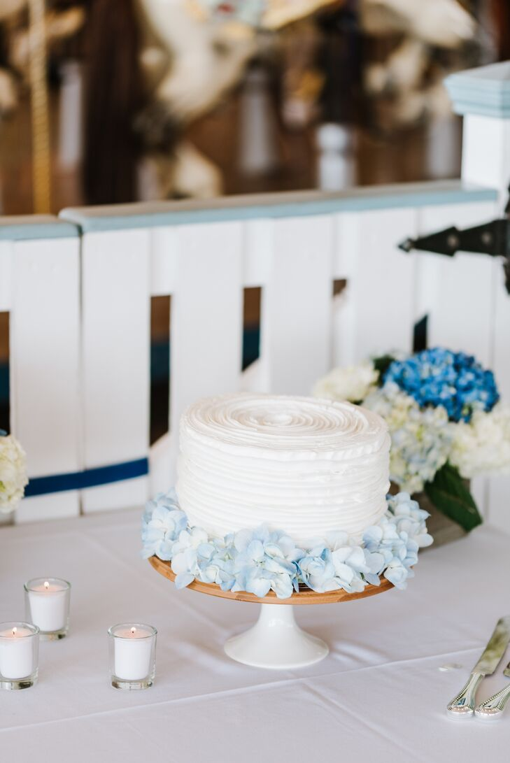 Single Tier Buttercream Cake with Blue Hydrangea Halo