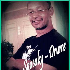 Chicago, IL Jazz Percussionist | SQUEAKY, Chicago Freelance Drummer
