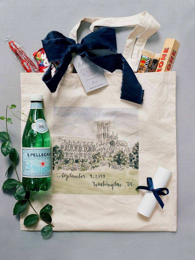Wedding welcome bag with preppy design and favors