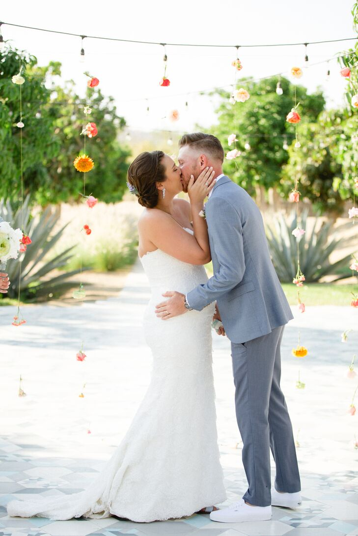 Becca Brooks and Matt White planned an intimate destination affair on the coast of Cabo San Lucas, Mexico, with a color palette of soft pastel hues th