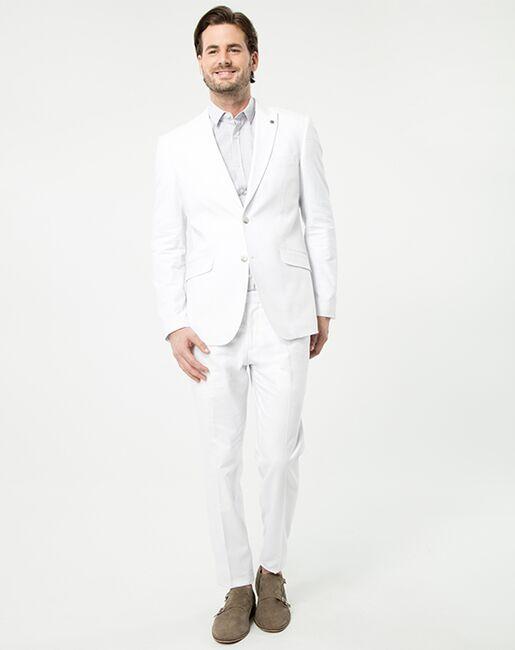 LE CHÂTEAU Wedding Boutique Tuxedos MENSWEAR_354121_001 White Tuxedo