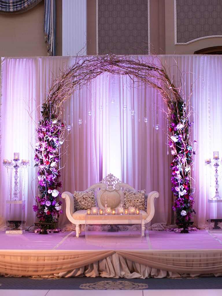 Make a statement with a romantic willow arch with flower columns
