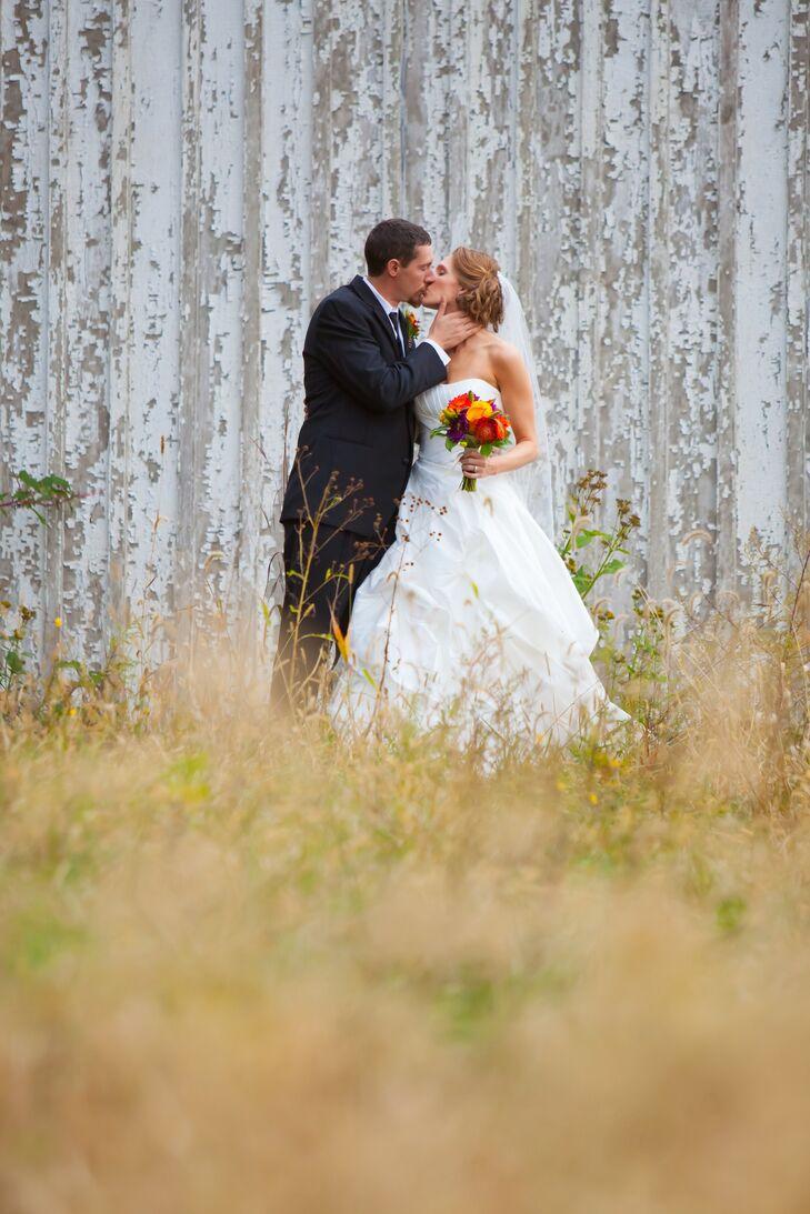 Bride and Groom at Shenandoah River State Park