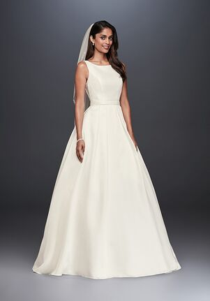 ce226a0f6a4e Ball Gown Wedding Dresses | The Knot