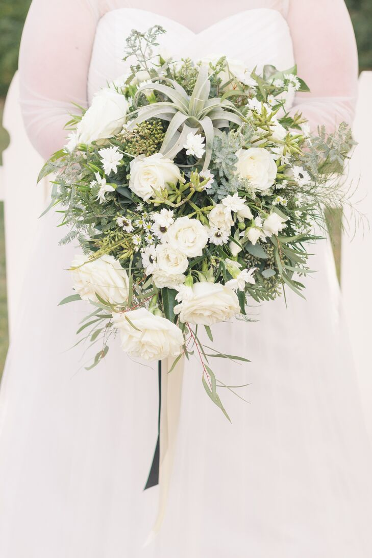 Bouquet With White Roses Daisies And An Air Plant
