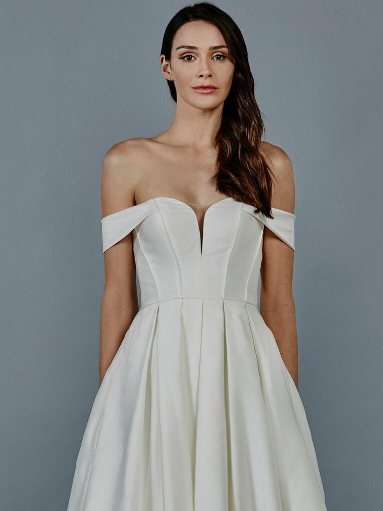 Kelly Faetanini Fall 2018 Collection: Bridal Fashion Week Photos