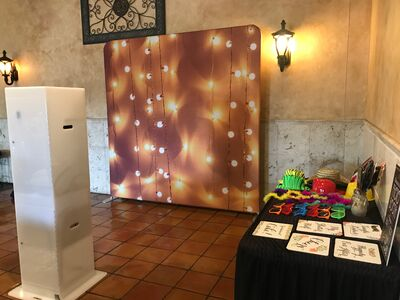 MaximusParties Photo Booth