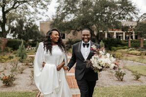 Classic Couple at Their Wedding at The Cummer Museum of Art & Gardens in Jacksonville, Florida