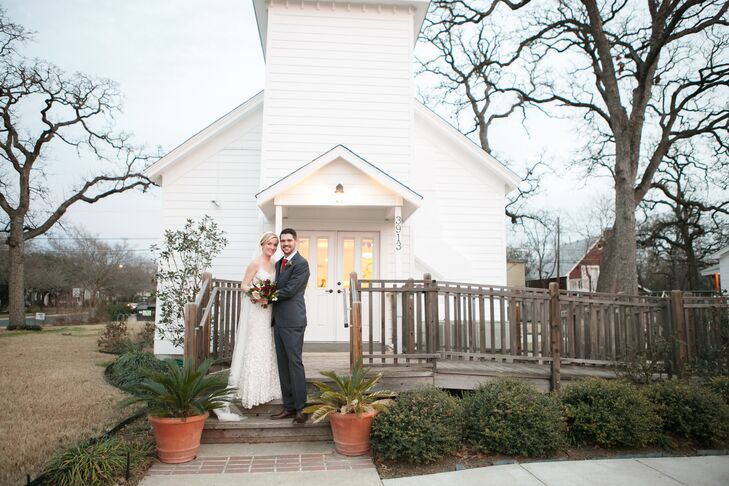 Classic with a modern twist—and full of personality—was how Faith Ellis (25 and a hair stylist) and Jackson Ellis (31 and a musi