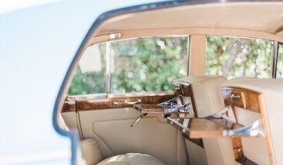 Revvies Luxury Transportation | Transportation - Sarasota, FL