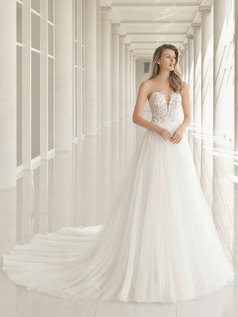 Rosa Clará Fall 2018 wedding dresses strapless gown with embroidered bodice and tulle skirt