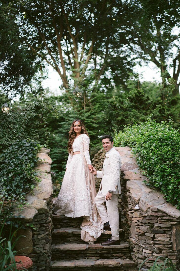 Couple Wedding Portraits in Westbury, New York