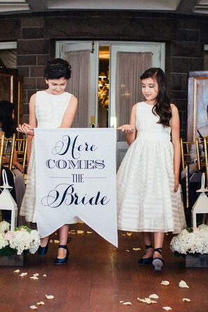 'Here Comes the Bride' Pennant